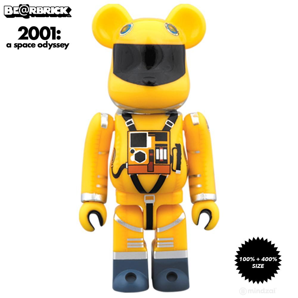 2001: A Space Odyssey Yellow Spacesuit 100% + 400% Bearbrick Set - Pre-Order