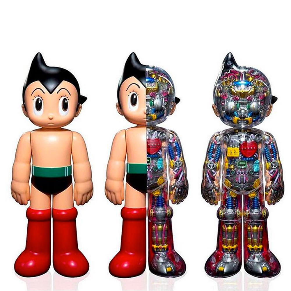 Astro Boy Iconic Edition Figure by ToyQube x Tezuka Productions