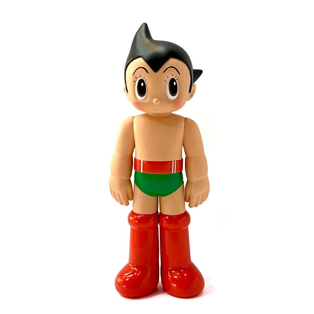 Astro Boy Vintage Open Eyes Edition Figure by ToyQube x Tezuka Productions