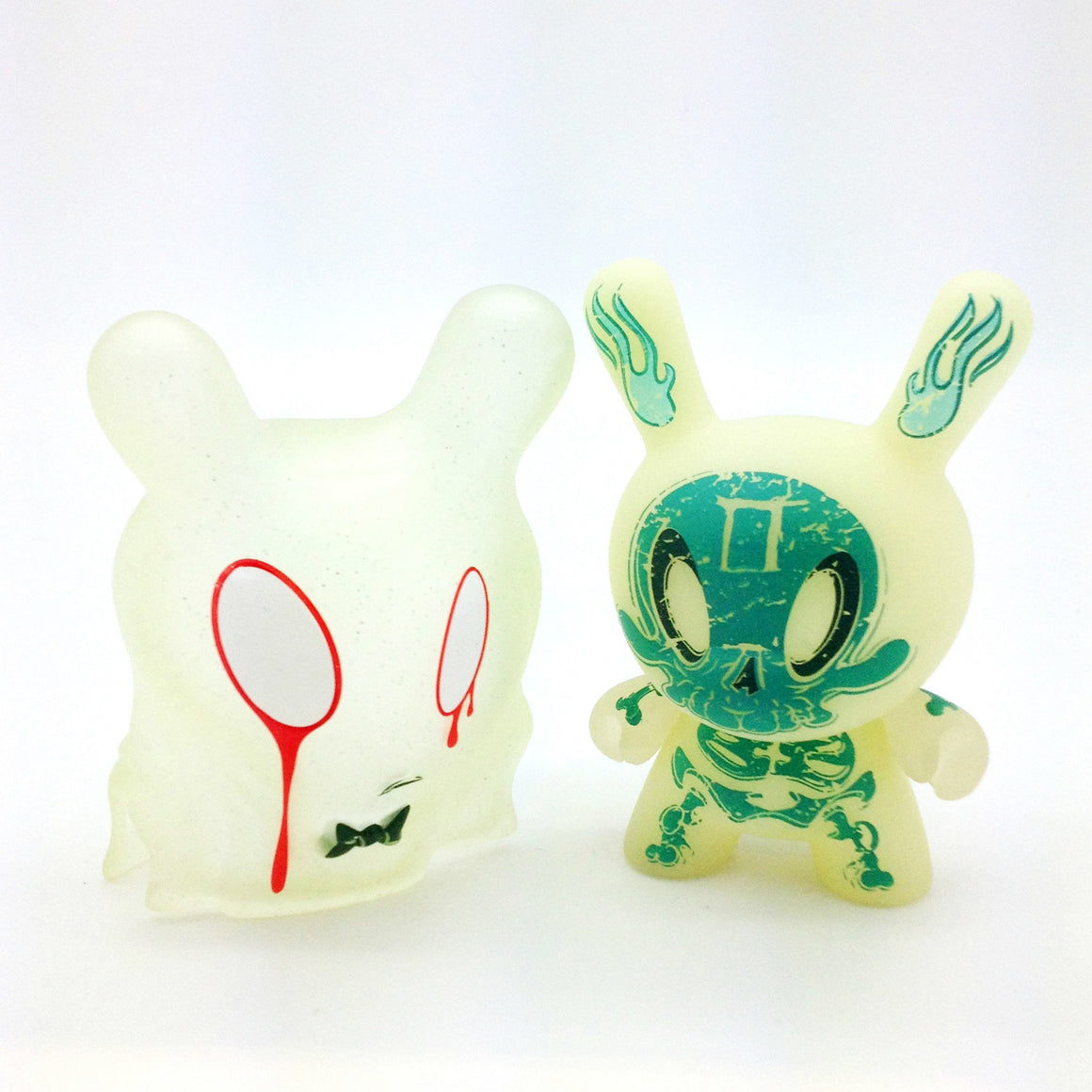 The 13 Dunny Series - The Grisly Phantom #2 - Mindzai  - 1