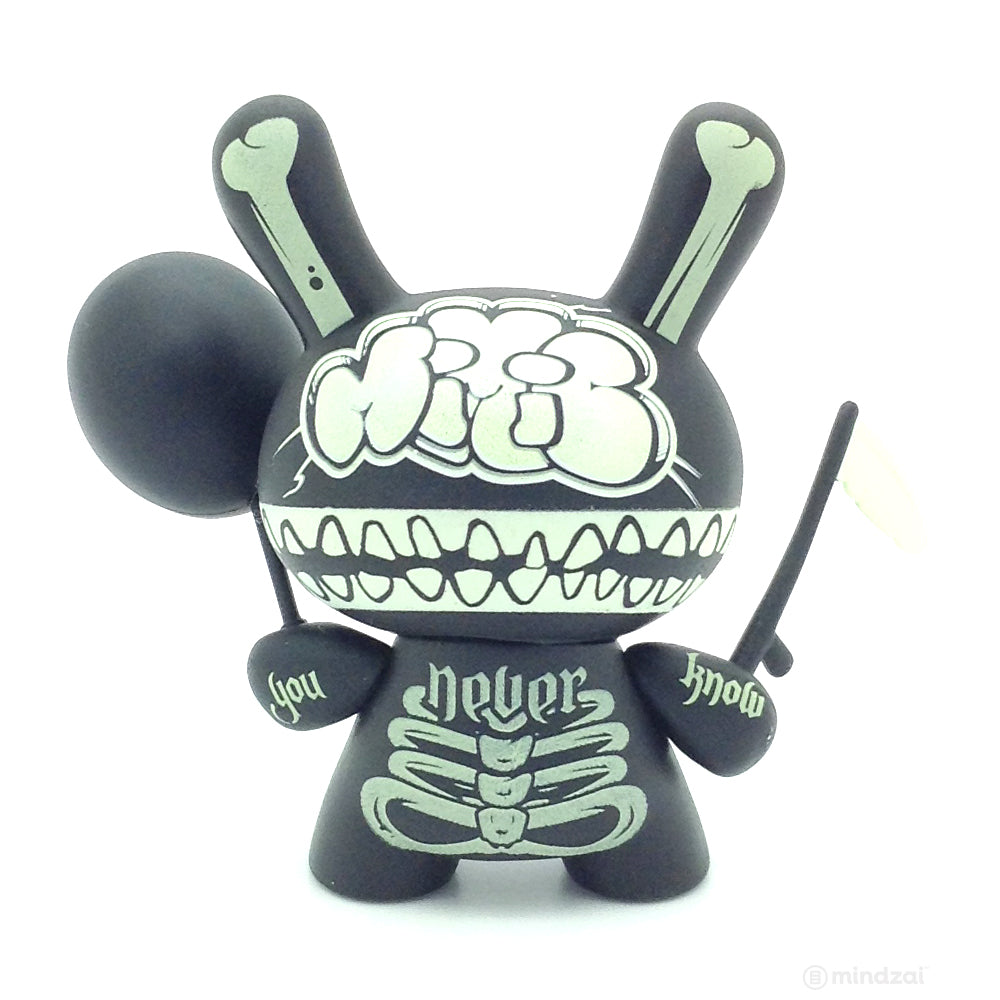 Ye Olde English Dunny Series - Mimic (GID)