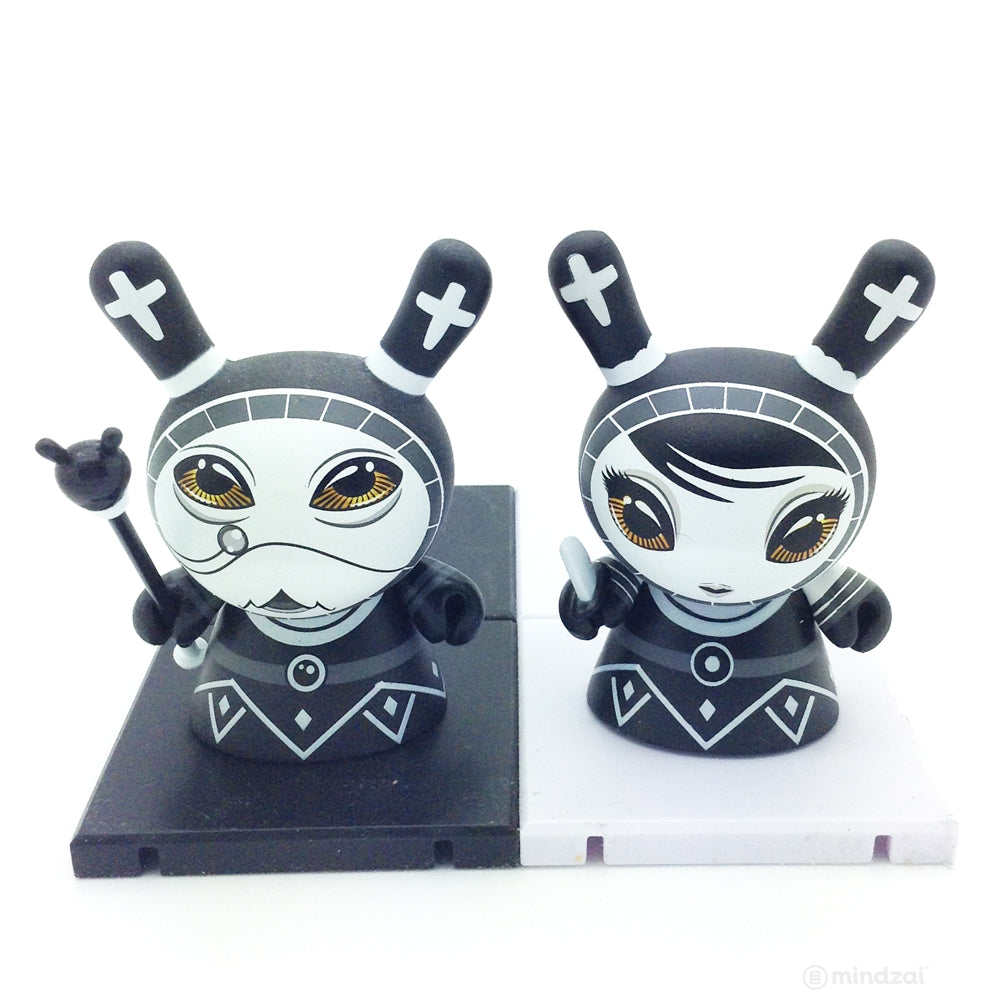 Shah Mat Dunny Chess Mini Series - Bishop (Black) and Pawn (Set of 2)