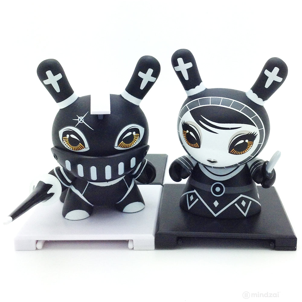 Shah Mat Dunny Chess Mini Series - Knight (Black) and Pawn (Set of 2)