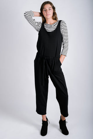 Dorothy Crossback Jumper | Black