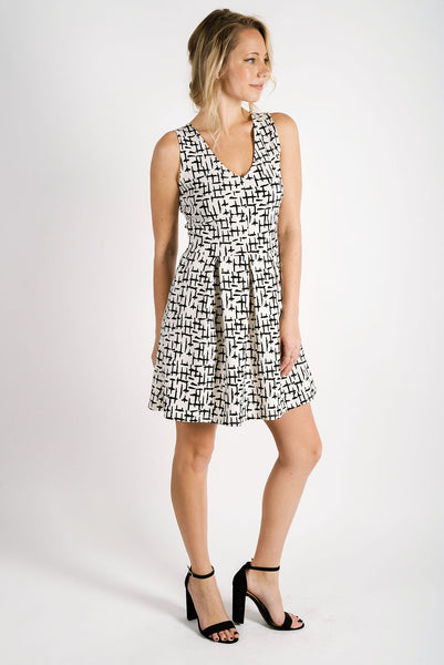 Natalie Natalie V-Neck Dress | Criss Cross Ivory