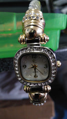 Bangle stye ladies Watch