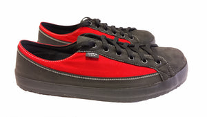 SOM Footwear Split sized SOMs shown in two different sizes in red
