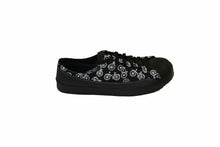 SOM minimalist footwear black shoe with bicycle pattern side view