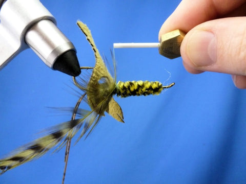 Fish-Skull Skull Daddy Crayfish fly tying instructions step 12