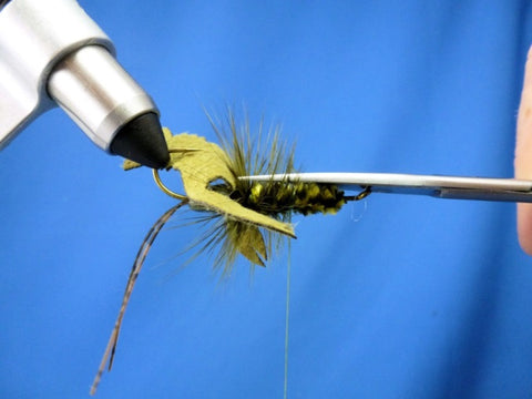 Fish-Skull Skull Daddy Crayfish fly tying instructions step 14