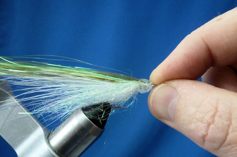 Fish-Skull Masked Minnow fly tying instructions step 9