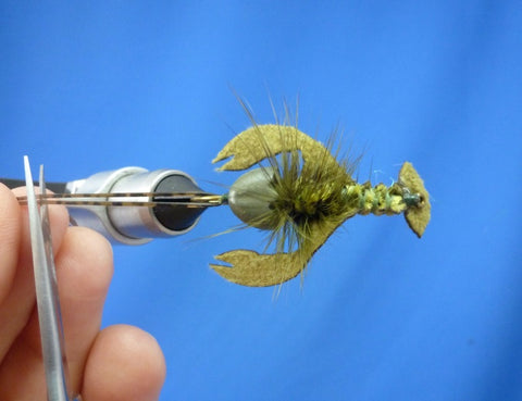 Fish-Skull Skull Daddy Crayfish fly tying instructions step 25