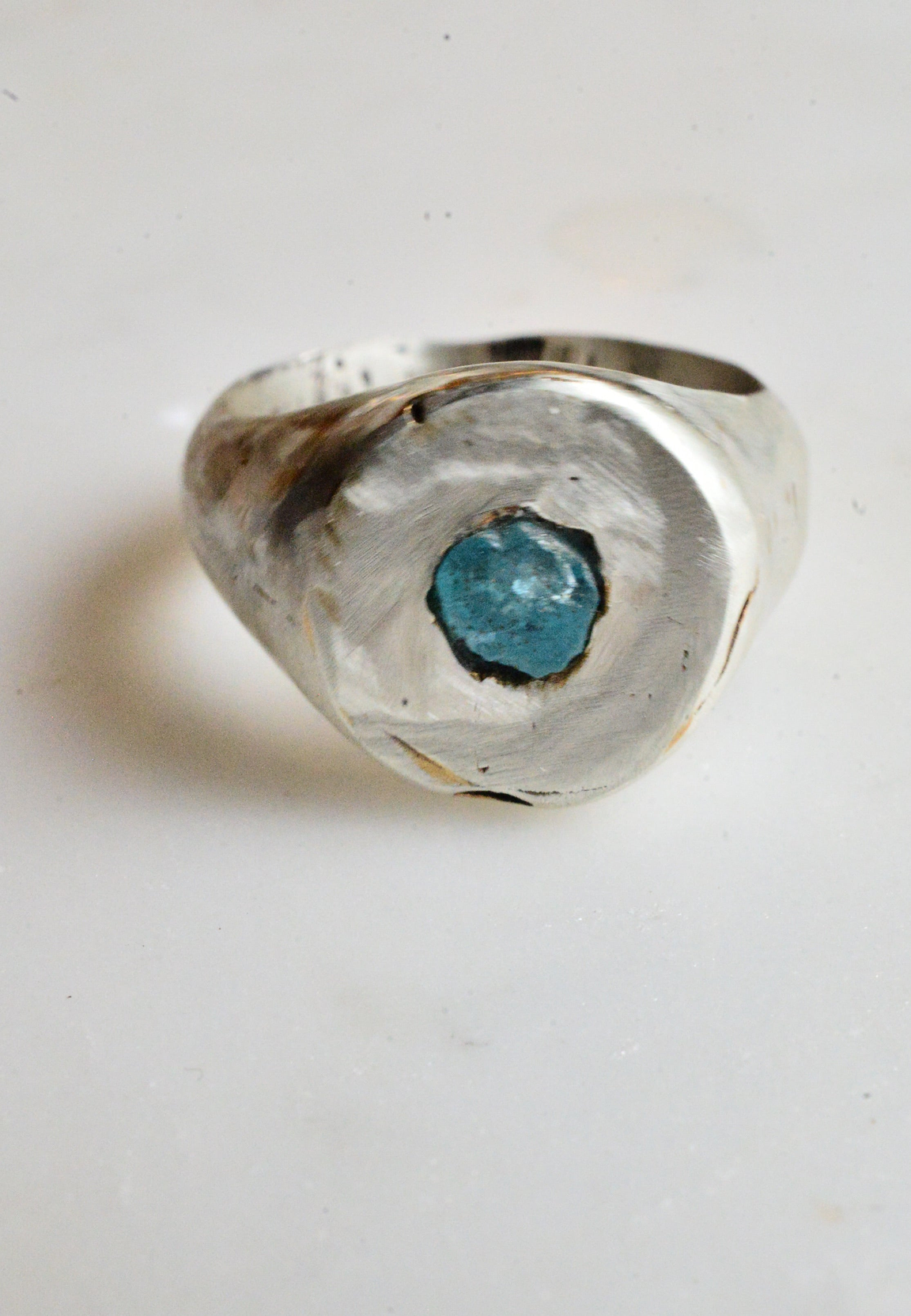 Apatite crystal signet