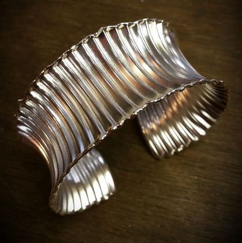 Silver concave corrugated cuff bangle