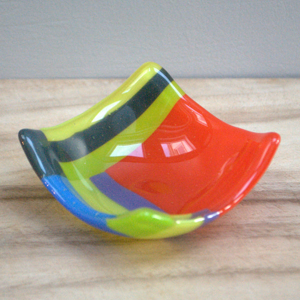 Mini glass bowl
