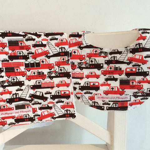 Bib & Burp cloth set - Tow trucks print