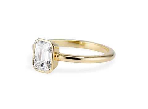Emerald Cut Bezel Solitaire 1.05