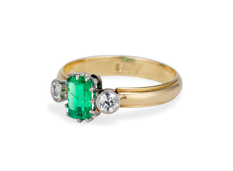 French Edwardian Emerald Diamond and Gold Three Stone Ring
