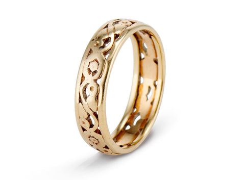 Victorian Gold Openwork Sculpted Wedding Band