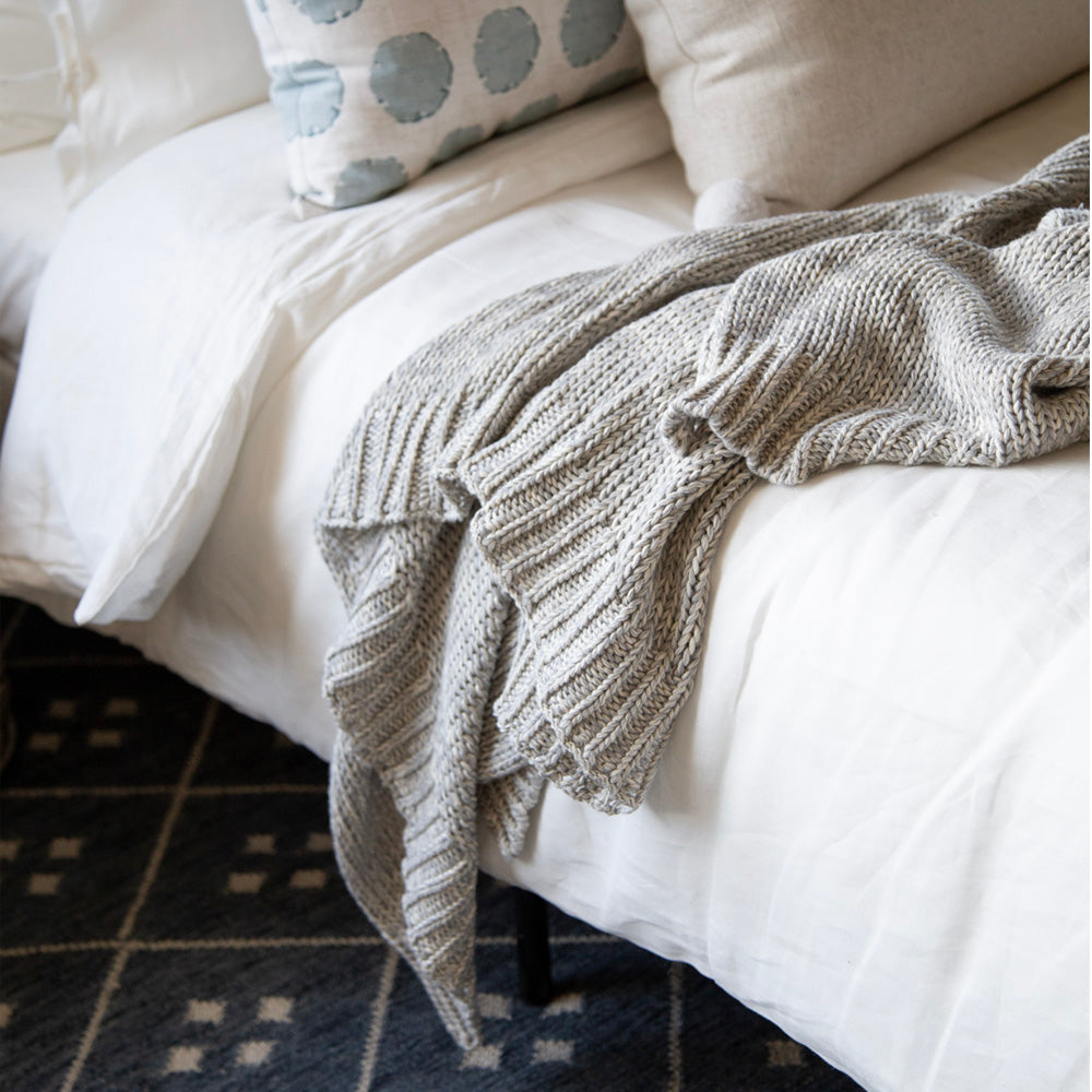 Billie Knit Throw, Heathered Grey