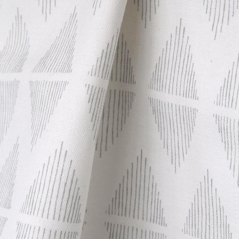 Reflect, Dove Grey - A clean, line drawn pattern in soft grey and white.