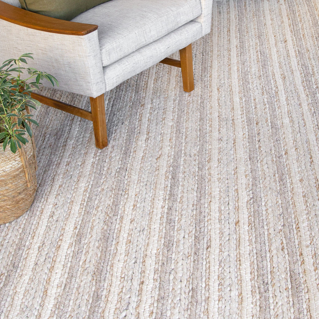 Skagen grey beige braided wool rug