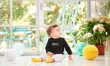 Bob & Blossom - Black 'HEY' - Baby T-shirt