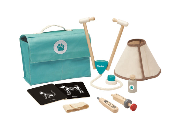 Plan Toys - Vet Set - How I Wonder