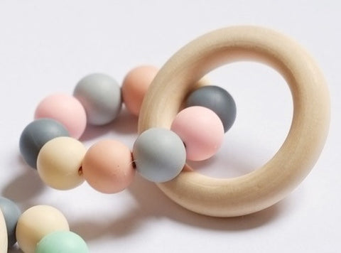 Blossom & Bear - Teething Toy - Colour Mix - Peach