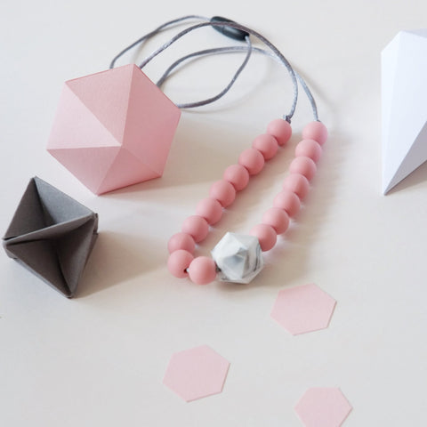 Blossom & Bear - Colour Pop Geo Teething Necklace - Pink & Marble