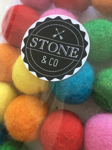Stone & Co - Felt Ball Garland - Rainbow