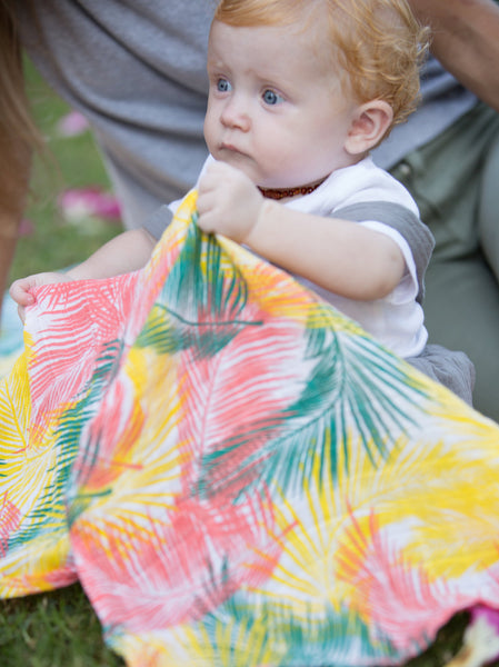 How I Wonder - Palm Muslin Swaddle - Mil & Clo Lifestyle