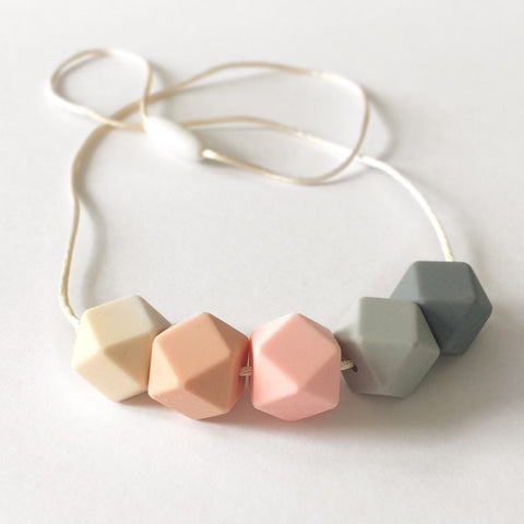Blossom & Bear - Hexagonal Teething Necklace - Rose Mix