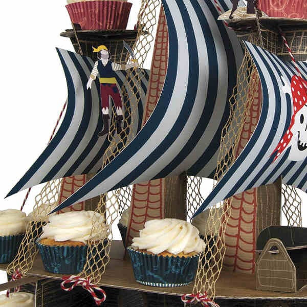 Paper Red and White Striped Straws - Meri Meri - Pirate Theme - How I Wonder.co.uk - 5