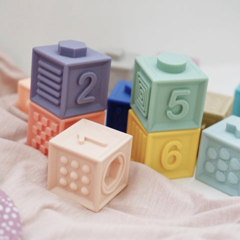 Blossom & Bear - Silicone Number Blocks - How I Wonder