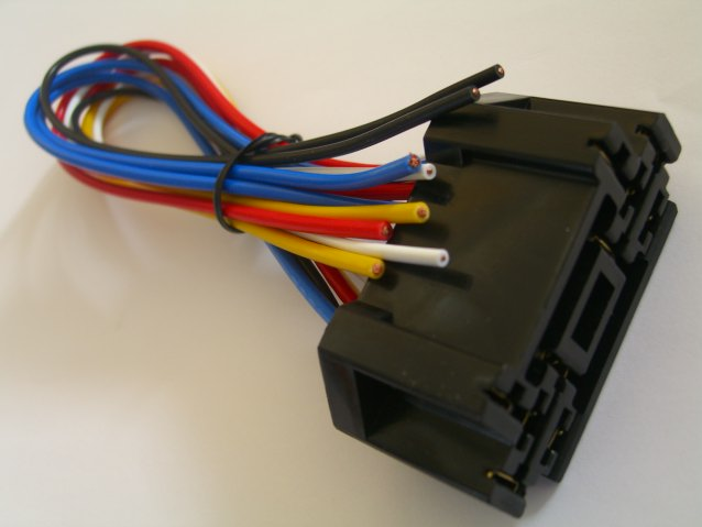12 Volt Double Socket And Wiring Harness For Single Pull Throw Relay DPDT