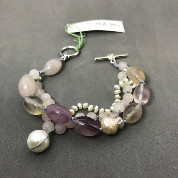 Bracelet with fluorite, rose quartz & pearl