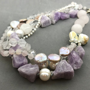 Necklace with pearl, amethyst, clear quartz
