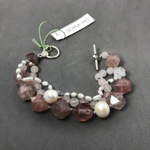 Bracelet with strawberry quartz, rose quartz & pearl