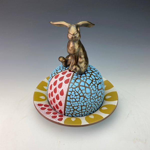 Butter Dish with Sculpted Rabbit L2