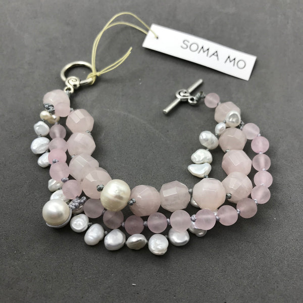 Bracelet with Rose Quartz & Freshwater Pearl