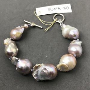 Bracelet with Baroque Pearls