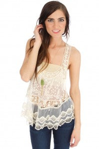 Sis Sis Fashionably Lace Top