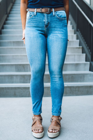 Tiana's High Rise Raw Hem