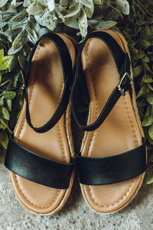 Free To Roam Sandals - Black