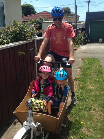 Kids in Metrofiet Cargo Bike