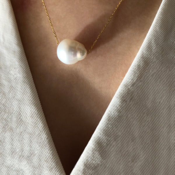 Baroque Single Pearl Necklace
