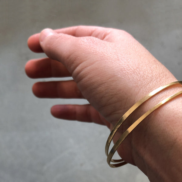 14k Hammered Gold Hook & Eye Bracelet