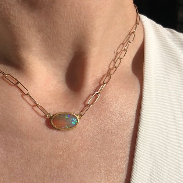 3 ct green opal and 18kt handmade chain necklace