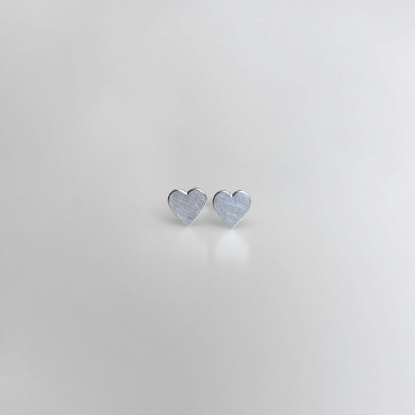 Heart stud earrings in sterling silver, small